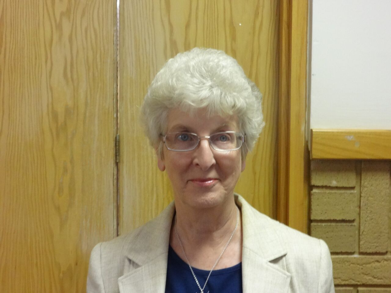 Cllr Mrs Dorothy Roberts (Conservative)