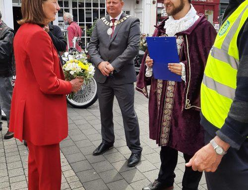 Lord Lieutenant, Mrs Anna Turner opening the Wellington Rotary bike event